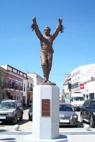 monumento-al-cascabelero